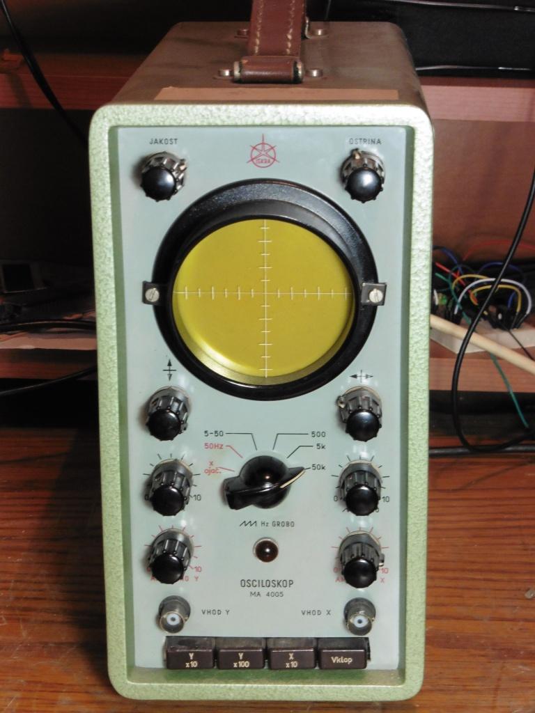 osciloskop_iskra_ma4005_02