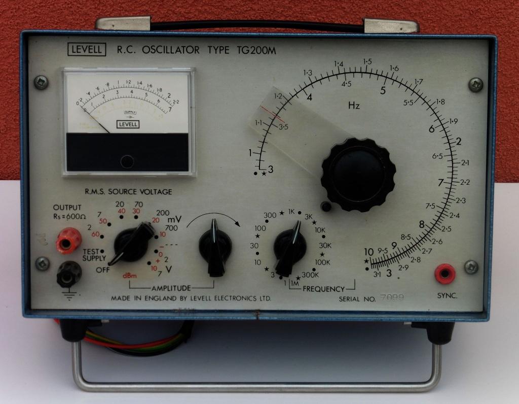 rc_oscillator_tg200m_01