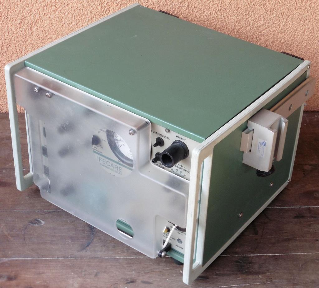 respirator_ lifecare_plv100_02