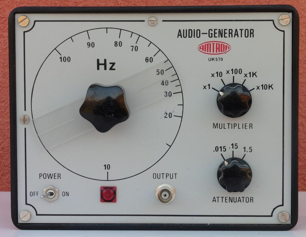 amtron_audio_generator_uk570_02