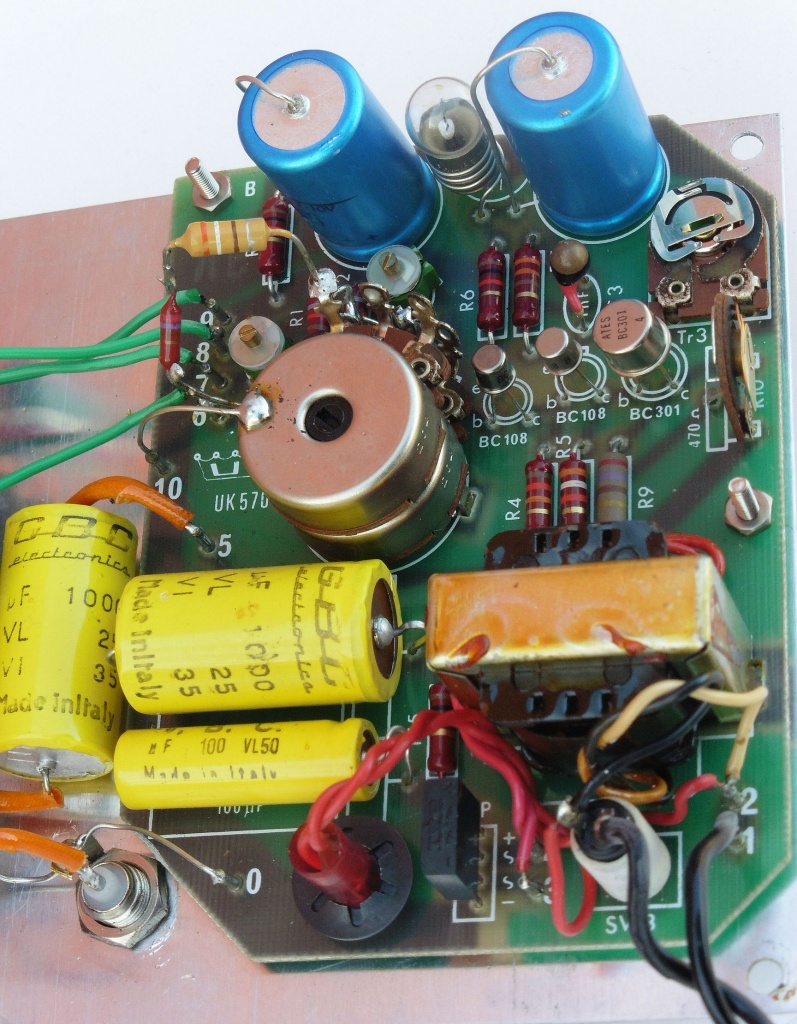 amtron_audio_generator_uk570_07