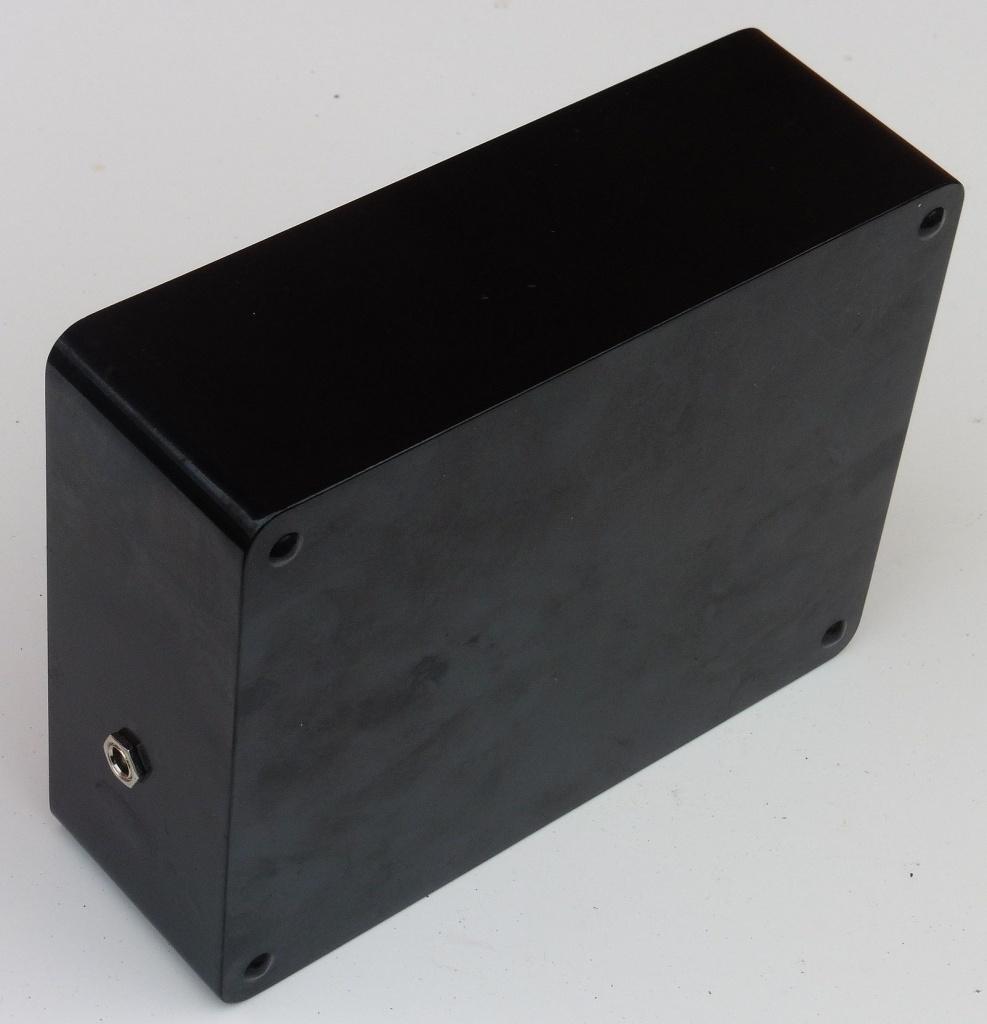 highkit_fm_signal_generator_uk460_02